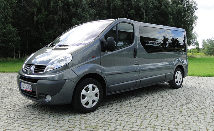 Renault Trafic Long 8 - osobowy